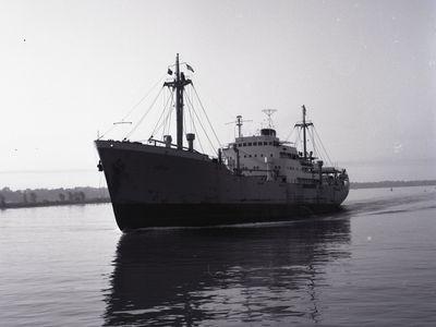 NOTOS (1950, Ocean Freighter)