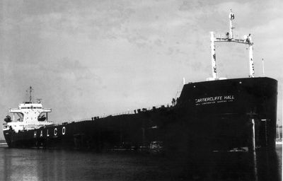 RUHR ORE (1959, Bulk Freighter)