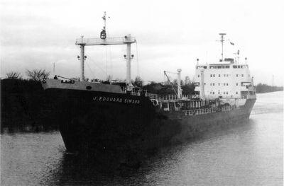 J. EDOUARD SIMARD (1961, Tank Vessel)