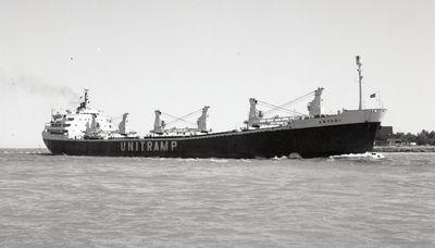 STAR CANOPUS (1965, Ocean Freighter)