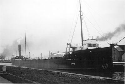 FREDERICK B. WELLS (1901, Bulk Freighter)
