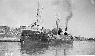 WESTCLIFFE HALL (1928, Bulk Freighter)