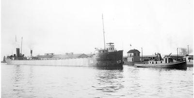 PETER WHITE (1905, Bulk Freighter)