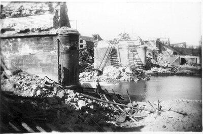 083 Railroad bridge destruction