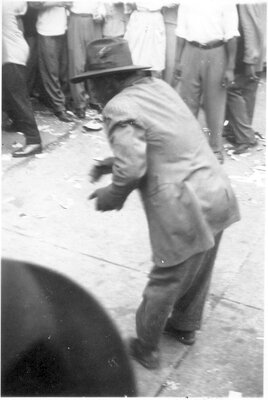 094 Man street performing