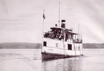 The Glenda on the water, circa 1908.