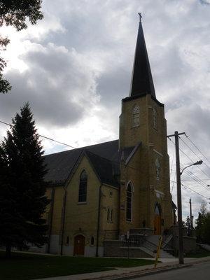 220 Victoria Street - Sacred Heart Catholic Church