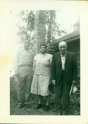 Photograph of Richard, Iris and Albert Sloman [n.d.]