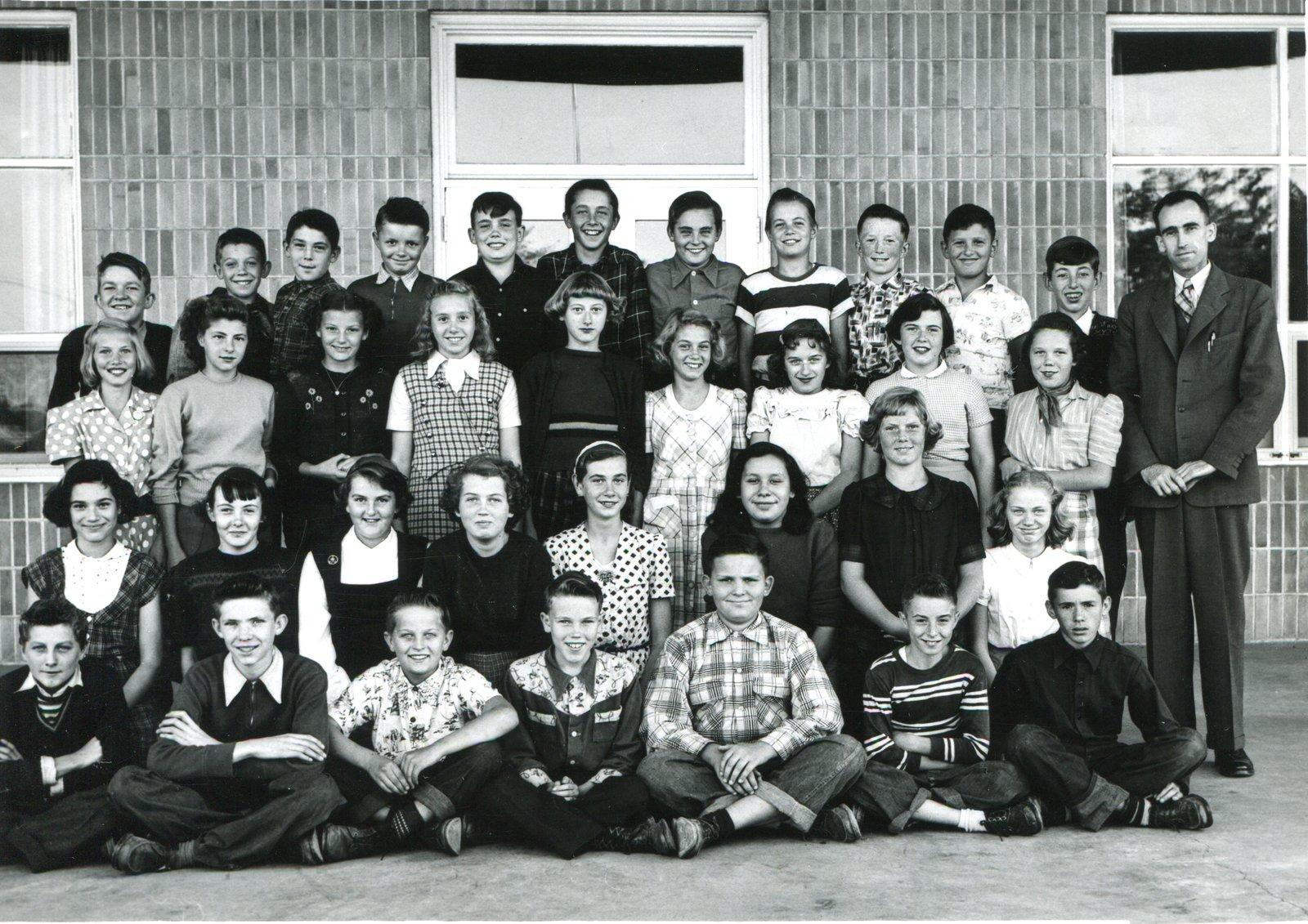 Glenwood School Grade ? class (Mr. R.M.M. Acheson ...
