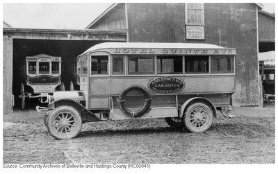 Aselstine's Bus