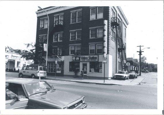 Building on Brant Street, No Longer Standing