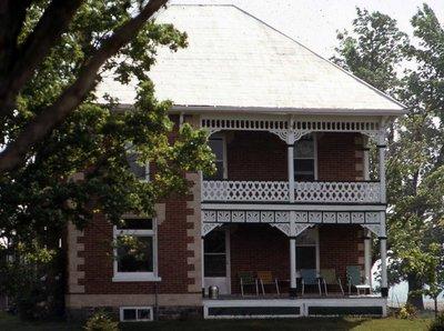 Plate 21, Farm house, Eldon Township, private dwelling