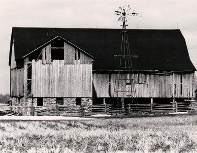 Plate 28, Pennsylvania Dutch barn, Mariposa Township