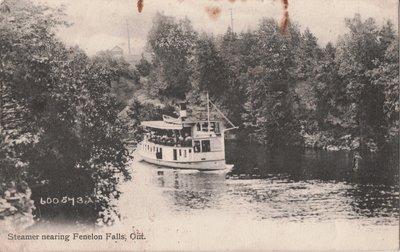 Steamer nearing Fenelon Falls, Ont.