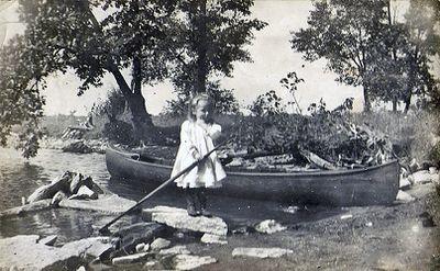 Lottie Sophia Hamilton, 1910