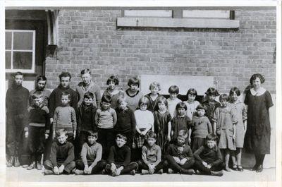 Addendum page 7 - Dunsford School Children 1925