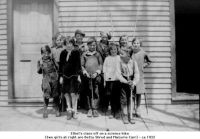 Betty Shred, Majorie Carr and unidentified classmates, Cramahe Township, ca.1932
