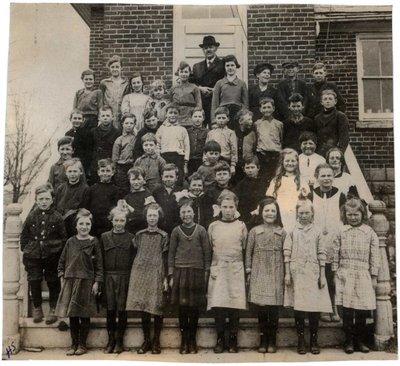 Class photograph, Castleton School, Cramahe Township