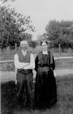 John T. and Isabella (Kellie) Rutherford, Haldimand Township