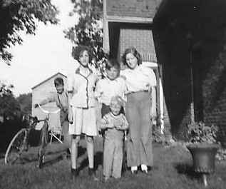 Bill Somerville, Ruth Lane, Jim and Audrey Blakely, and Carl Baptist, Cramahe Township