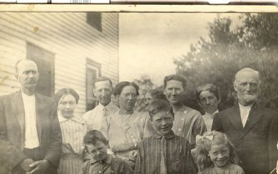 Harold and Gertrude Coffee family, Cramahe Township