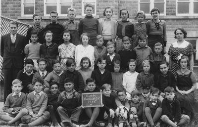 1935 Class photograph, Castleton School, Cramahe Township