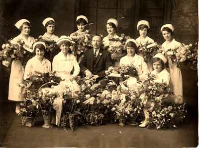 <b>Graduation Class of 1926 from Nursing<b>