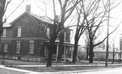 <b>Home of Lazarus and Elizabeth Payne<b>