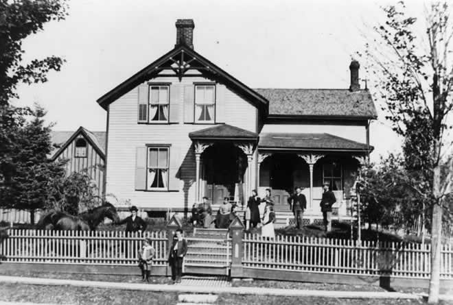 Lawless House, Grafton