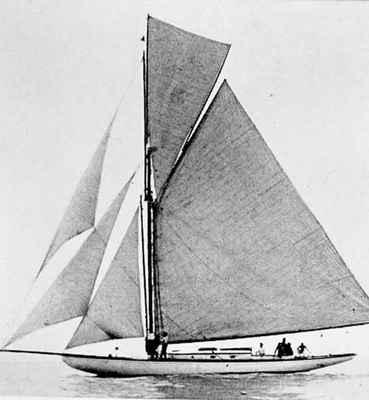 <b>Yacht Aida<b>