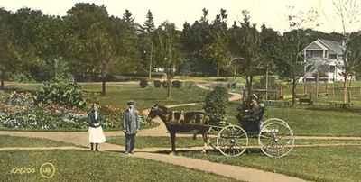 <b>Victoria Park<b>