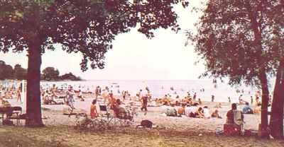 <b>Victoria Park Beach<b>
