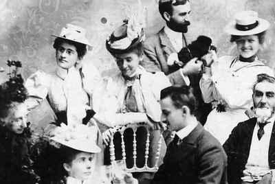 <b>Kerr Family - c.1895<b>