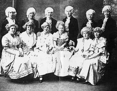 <b>Mr. Chenhall's Concert, Victoria Hall Opera House c.1920<b>