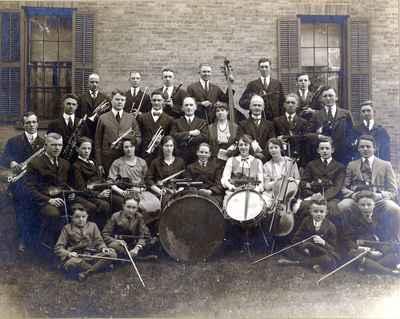 <b>Trinity Methodist Sunday School Orchestra<b>