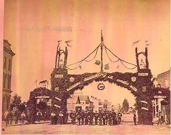 <b>Polkinghorn Arch<b>