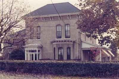 <b>Lydia Cornell residence<b>