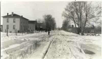 <b>Stuart Street looking north - c.1920<b>