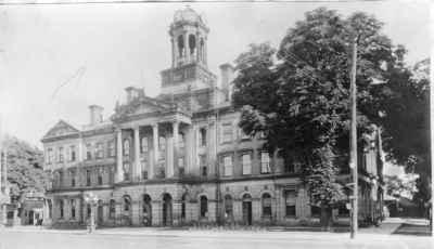 <b>Cobourg Town Hall<b>