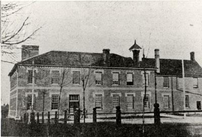 Georgetown Public School on Chapel Street; POST 1913
