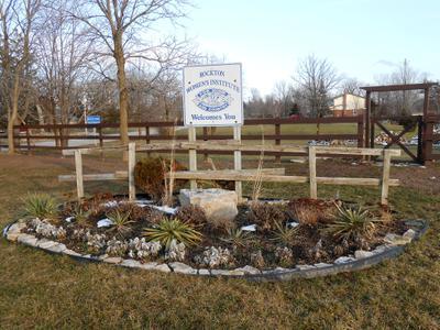 Rockton WI Garden & Sign