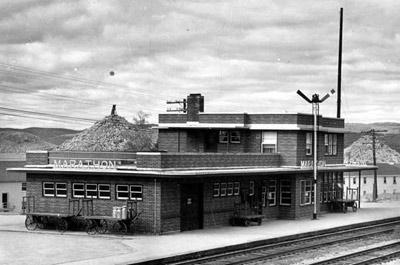 Marathon Train Station