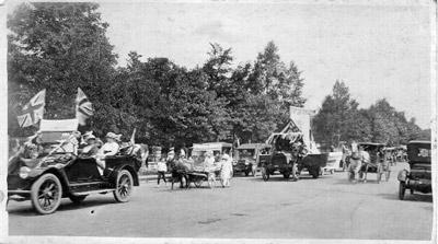 Parade (1915)