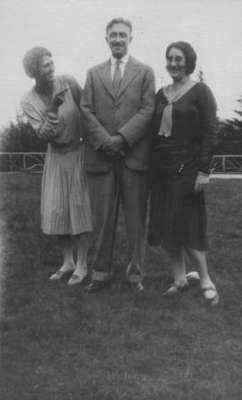 Agnes Macphail with friends