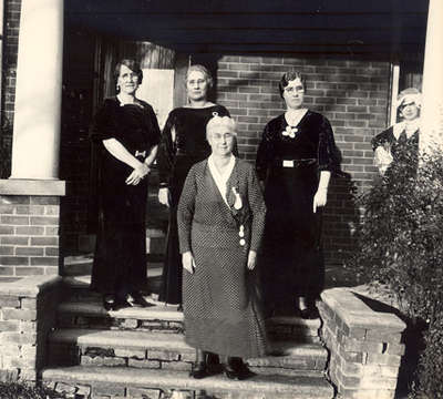 Agnes Macphail with Henrietta McPhail and supporters