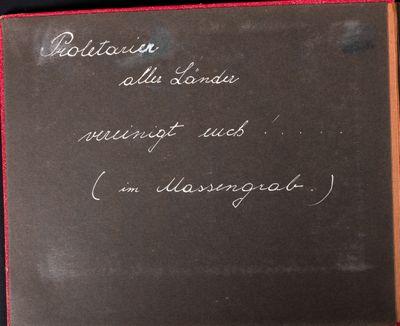 Inside front cover of Das Arbeiterparadies. U.d.S.S.R. or Red Album