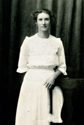 Sarah Mildred Dunn, circa 1916