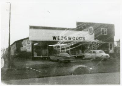 Wedgewood`s Grocery, Iron Bridge, 1960