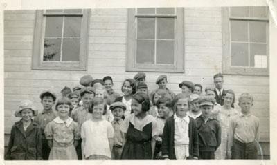 Clarence Eaket's Class, Iron Bridge, circa 1940