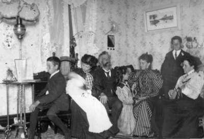 Wardell family, Huntsville, Ontario before 1911.